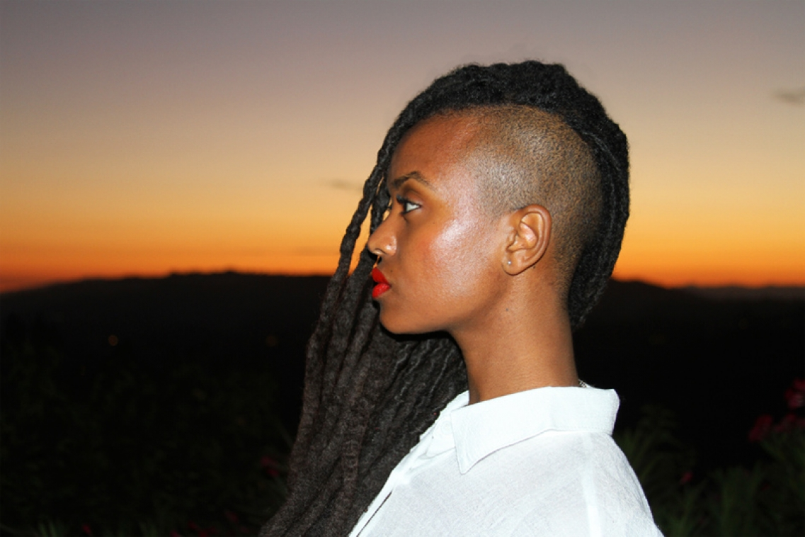 http://katie-miller.net/files/gimgs/th-1_kelela final web1.jpg